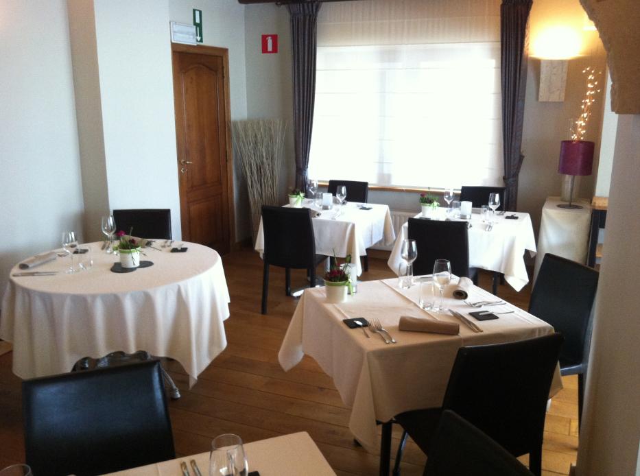 Au coeur de lacuisine restaurant fran ais florenville 6820 for Au coeur de la cuisine