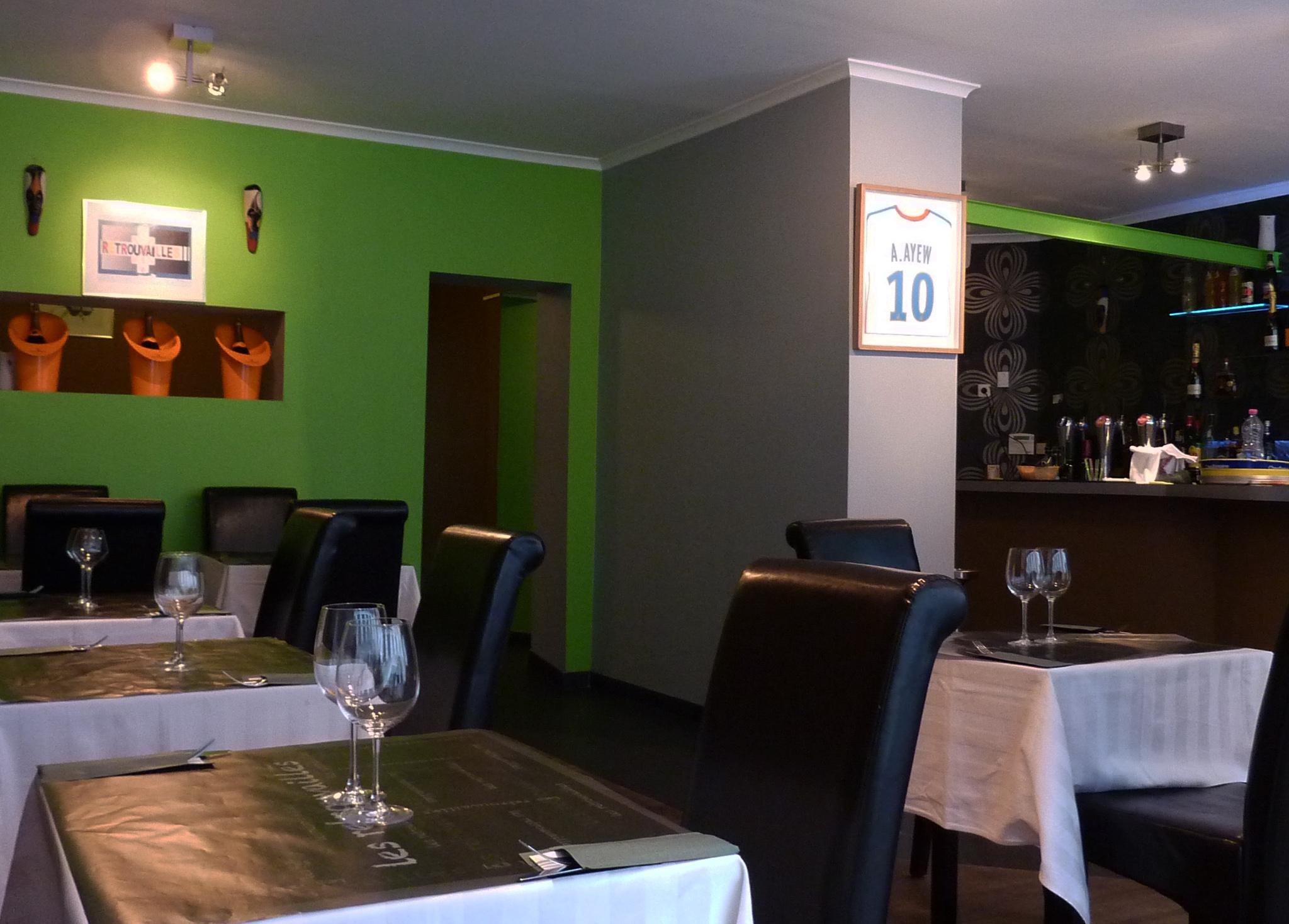 restaurant les retrouvailles restaurant africain liege 4000. Black Bedroom Furniture Sets. Home Design Ideas