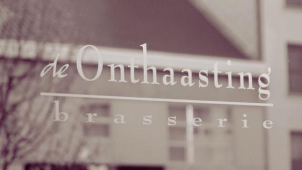 DE ONTHAASTING