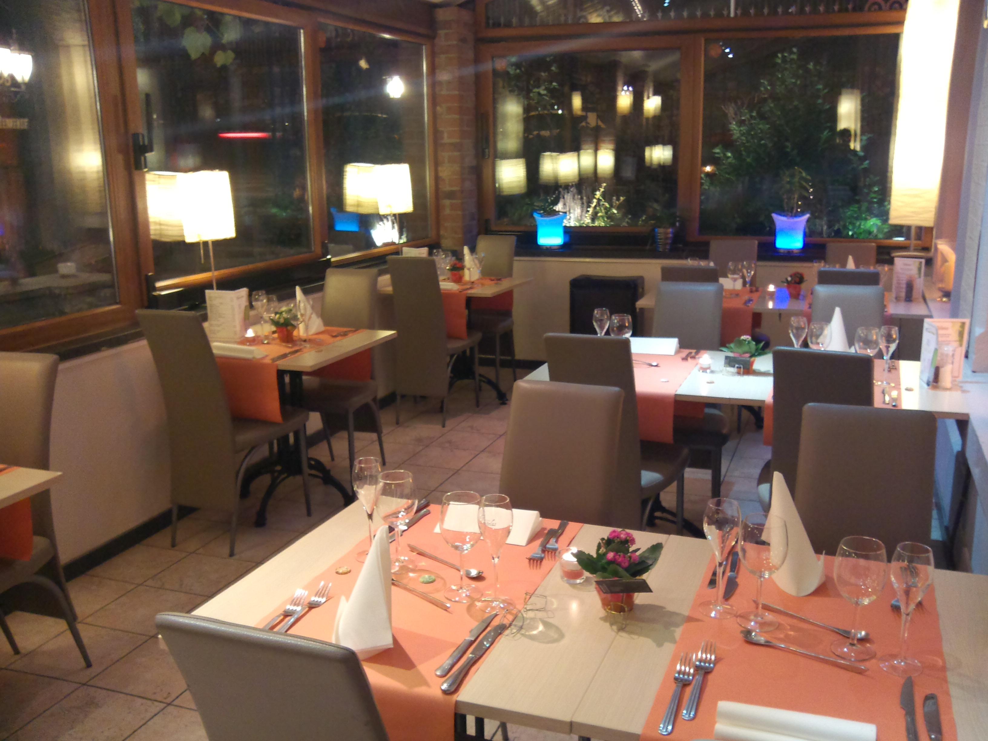 Jardin d 39 italie restaurant fran ais montignies sur for Jardin d italie chateauroux