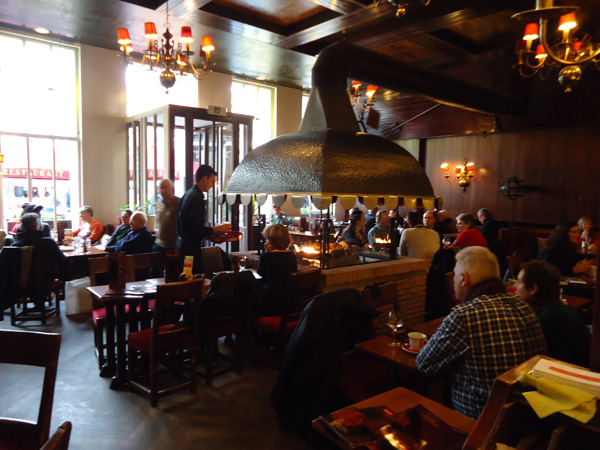 Brussels grill grand place restaurant belge bruxelles 1000 - Restaurant cuisine belge bruxelles ...